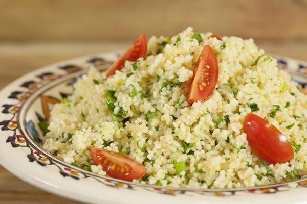 salata-tampoyle-me-ntomatinia-lime-kai-koliandro_Degoe